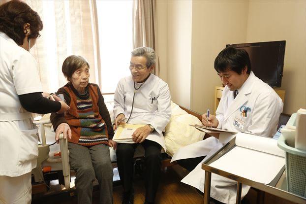 病院と連携しチーム医療に参加