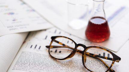 薬剤師が英語力を生かして転職できる4つの職場と、求められるレベル