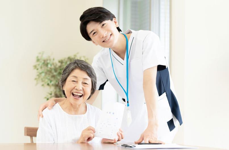 在宅医療薬剤師の役割とは?チーム医療に不可欠な理由も解説