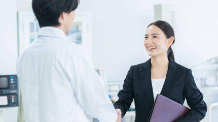薬剤師の転職には職場見学が必須?その理由やポイントを紹介